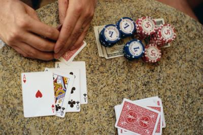 Online Poker Tips to Win